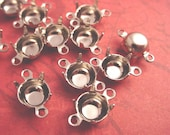 18 Silver tone Round Prong Settings 35SS 7mm 2 Ring Closed Back
