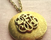 Vintage Golden Locket Necklace