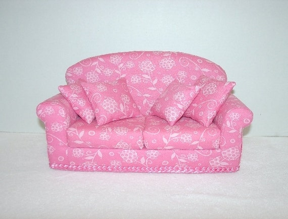 Barbie Doll Sofa, Pink, Handmade Furniture, Blythe, 11 1/2 inch dolls