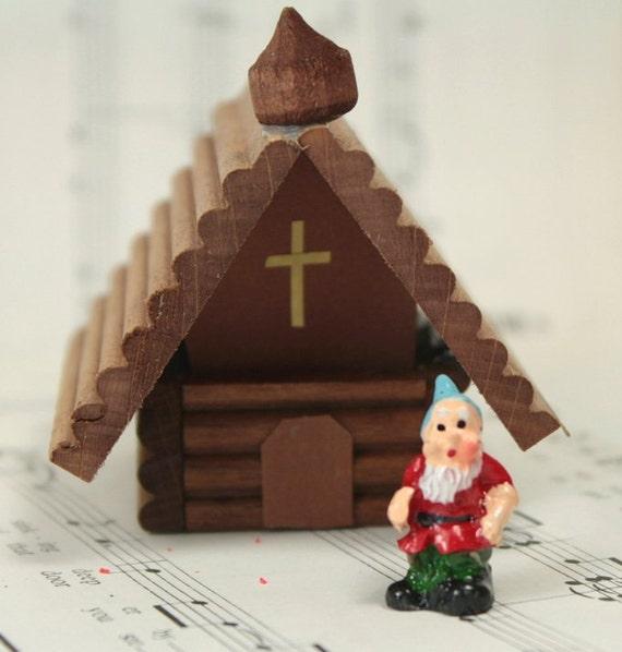 Wooden German Christmas Chapel 106-039 by DorisDotz on Etsy