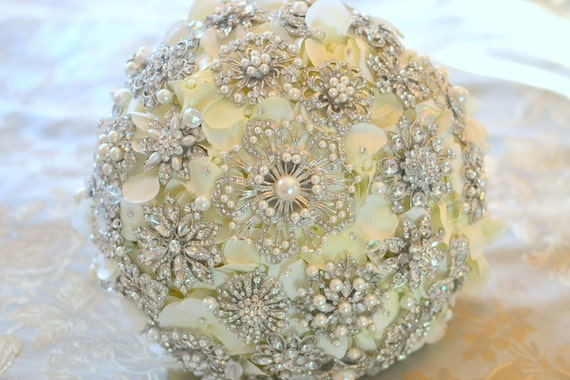 Deposit on  rich pearl brooch bouquet - made to order wedding bouquet