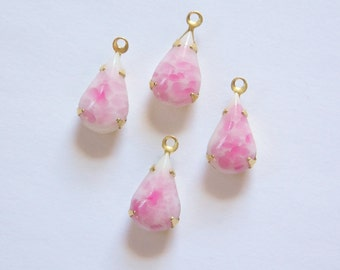 Vintage White with Pink Glass Teardrop Stone in 1 Loop Brass Setting par003SS