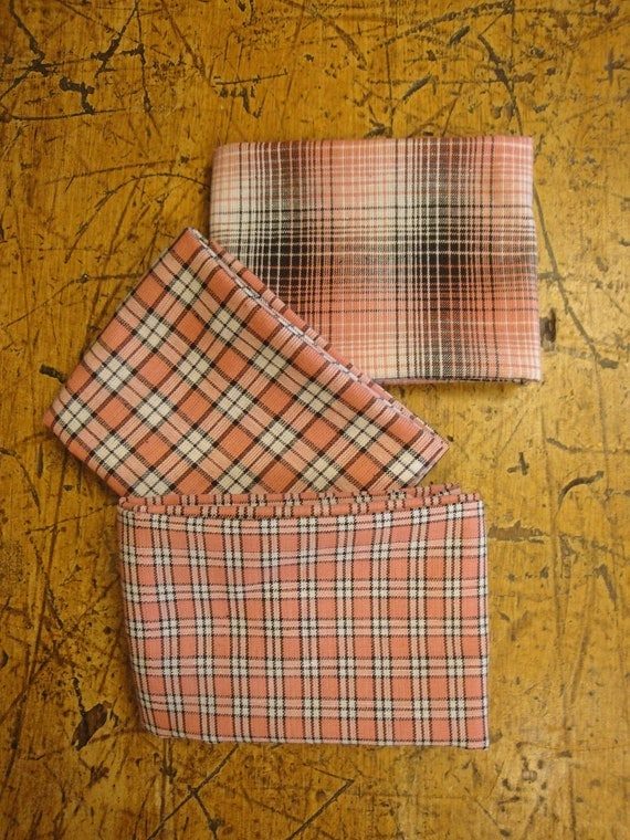 homespun fabric fat quarter bundle rose mocha and white. Black Bedroom Furniture Sets. Home Design Ideas