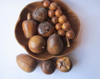 Vintage Leilani Monkey Pod Bowl and Fruit Collection of Eleven