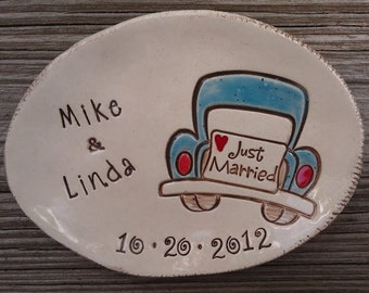 Just Married - personalized dish - wedding - anniversary