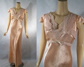 Vintage 1940s 40s Nightgown Peach Satin Rayon Bias Cut Lace Night Gown B40