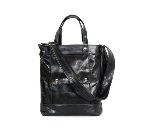 Packet in Jet Black Distressed Leather - LAST ONE - Ready to Ship
