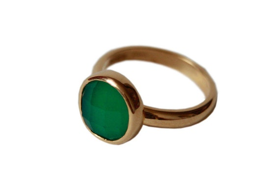 Green Onyx Ring. Sterling Silver or 9ct Yellow Gold, Handmade in Brighton.