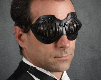 Eyecage Leather Mask in Black