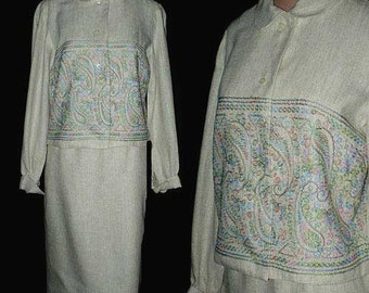 Vintage 60s Wiggle Skirt Suit Embroidered Paisley XS