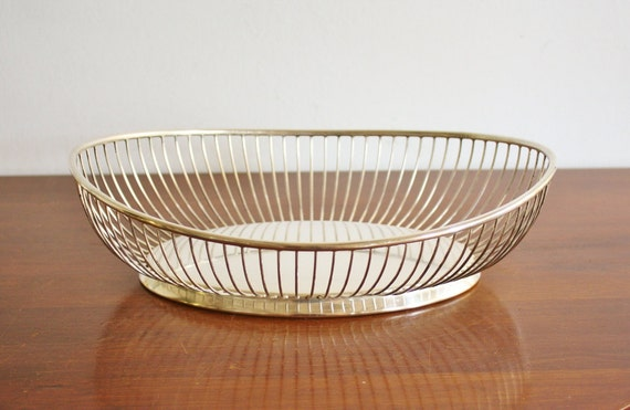 Mid-century Modern silver-plated vintage wire basket or fruit bowl