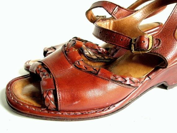 Vintage 1970's Boho Leather Wedge Peeptoe Sandals Size 6.5 US