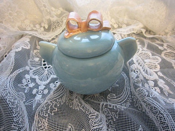 Little Girls Sugar Bowl - Bow on Top - Blue and Pink