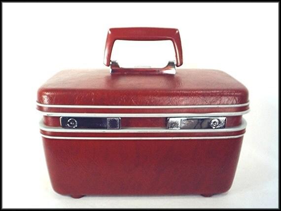 70's vintage OXBLOOD Samsonite train case suitcase