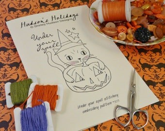 Halloween Witch Cat pumpkin Stitchery Pattern -  PDF embroidery Under your spell