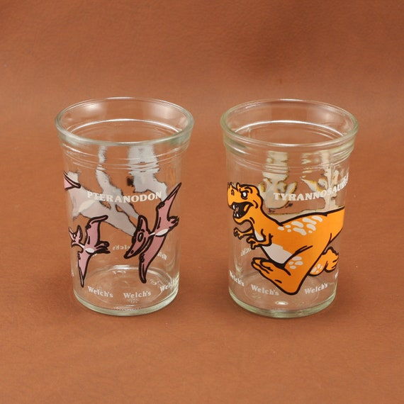 Welchs 2 Dinosaur Collectible Jelly Jar Glass Tumblers Vtg