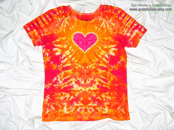Medium Ladies Eve Organic Cotton Tee - Heart Design and Tie Dye by Grateful Dan
