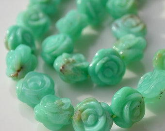 Carved Natural Chrysoprase Rose Beads   4