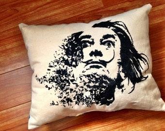 dali pillow