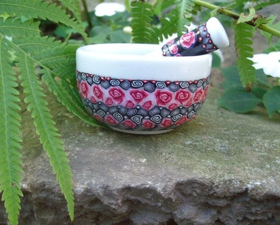 Millefiori Fit in the Palm of Your Hand Mortar and Pestle in Red, Black and White