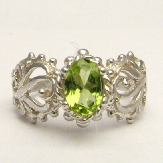 Handmade Solid Sterling Silver Peridot Filigree Ring
