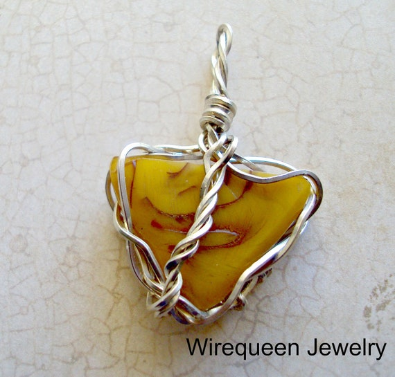 Wire Wrap Amber Pendant in SS Triad