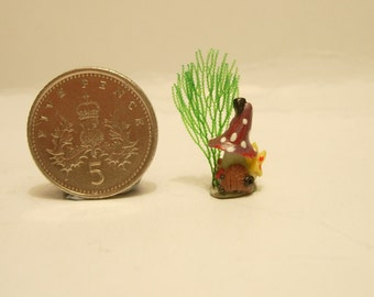 144th scale dolls house miniature tiny fantasy fairy toadstool house