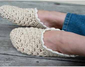 Download Now - CROCHET PATTERN Simple Living Slippers - Ladies Sizes - Pattern PDF