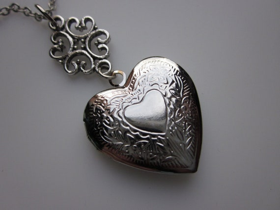 Victorian Heart Locket Necklace in Silver Finish