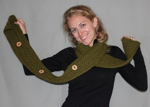 Custom Chunky Button Scarf with Wood Buttons in Your Choice of Color