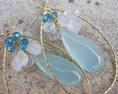 Bouquet de Nuages - Blue Apatite, Chalcecdony and Moonstone Earrrings