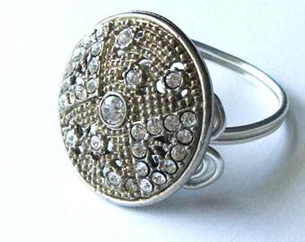 Art Deco Vintage Button Ring