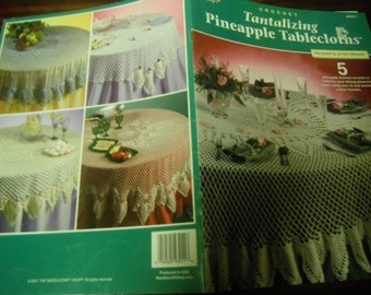 Table Cloth Thread Crocheting Patterns Tablecloth Tantalizing Pineapple Tablecloths Crochet Pattern Leaflet Maxwell Needlecraft Shop 843011