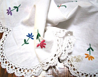 Tablecloth Hand Embroidery and Handmade Lace Rectangular Dining Table. Vintage 50s