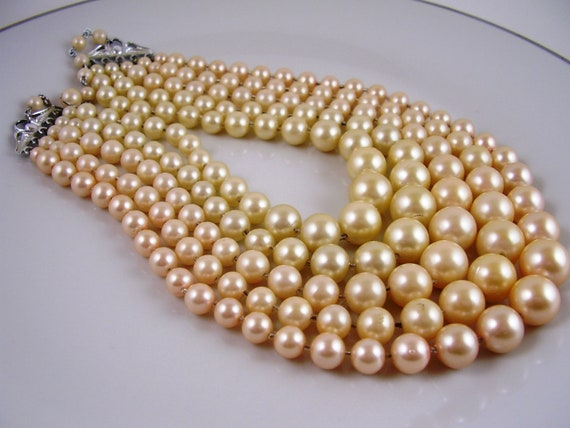 Vintage Jewelry Necklace, 50s Vintage Cream Ivory Luminous Pearls, Bridal, Mother of the Bride
