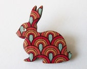 Le lapin série //1 - sweet rabbit brooch with scallop design