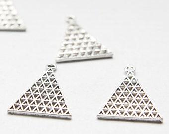 12pcs Oxidized Silver Base Metal Pendant - Triangle - Geometry 21.5x28mm (26515Y-O-147A)