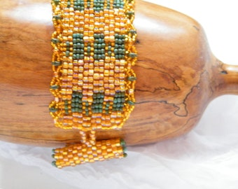 Beadwoven Bracelet  in Turning  Leaves Colors