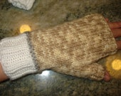Beige and white fingerless mitts