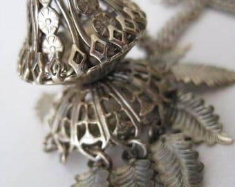 Filigree Dangle Necklace Gold Vintage Pendant