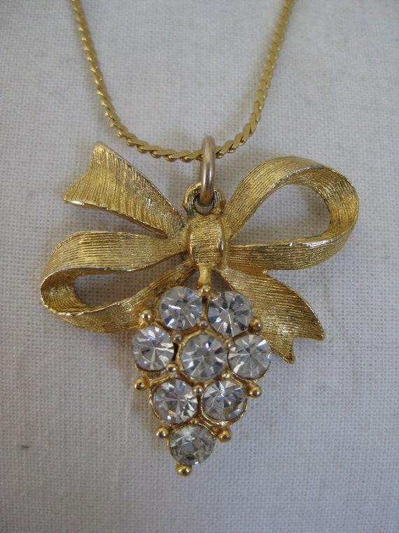 Bow Grapes Necklace Rhinestone Gold Vintage Pendant