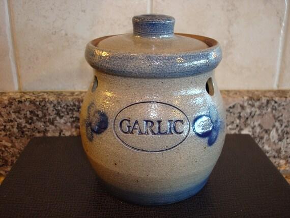 Nice Rowe Pottery Works Salt Glazed Garlic Keeper With Lid In