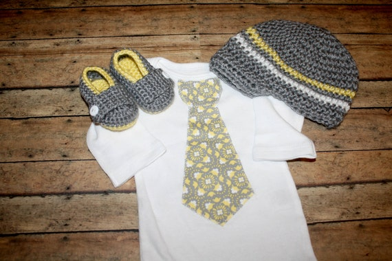 Tie onesie, crochet loafers and crochet hat Coming Home Outfit 1st Birthday - Coming Home Outfit For Baby Recommendations - BabyCenter