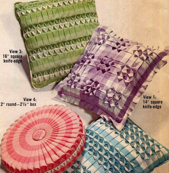 Simplicity 5340 Smocked Gingham Pillows Vintage Sewing Pattern Retro 1960s Home Decor