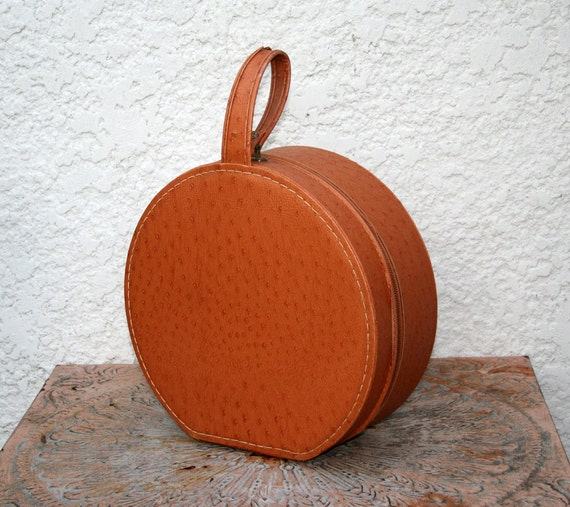 Round Hat Box - Original Hair Dryer Included