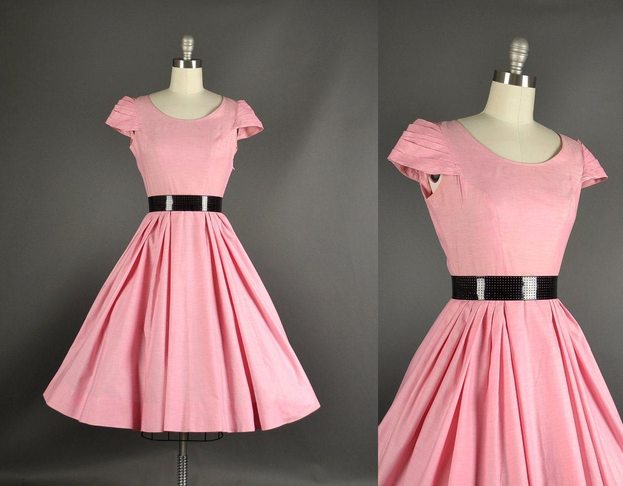 Vintage 1950s Dress / Cotton Day Dress / 50s by NodtoModvintage