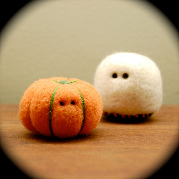Teeny Tiny Little Wool Pumpkin and Teeny Tiny Cashmere Ghost Set