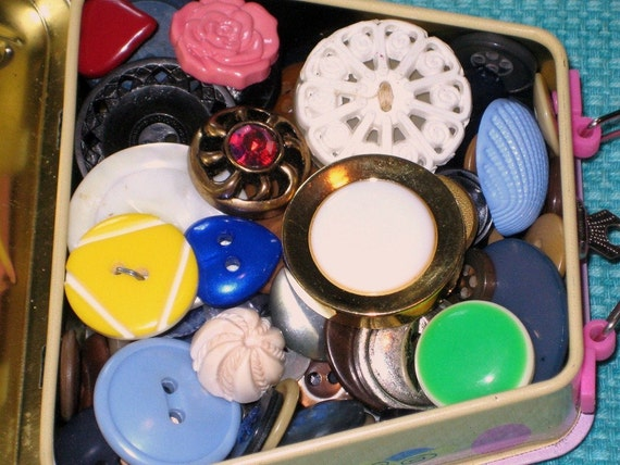 Grandma's Button  Box VINTAGE Buttons /  lovely collection /  VINTAGE Barbie Tin