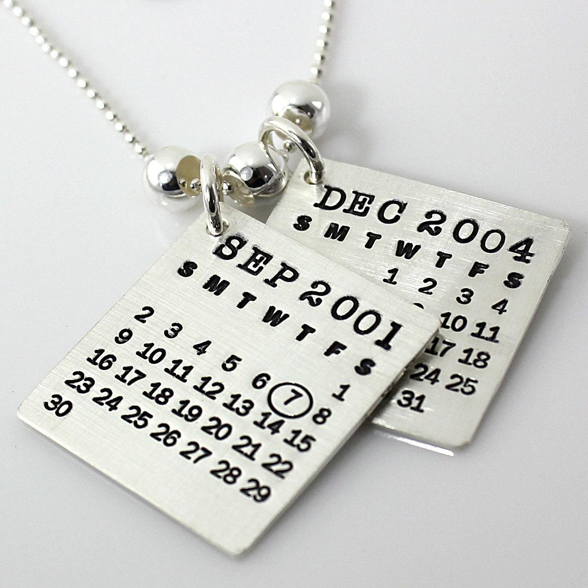 personalized calendar necklace up your calendar