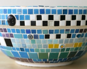 Carnival - Mosaic planter in bright colors